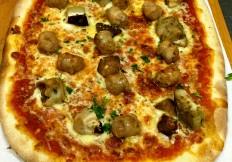 Pizza Steinpilzen & Salsiccia